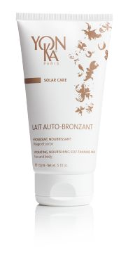 LAIT AUTO-BRONZANT: Worried about looking orange after a spray tan? Concerned about the health risks associated with tanning beds? This is the perfect way to get beautiful, glowing skin that looks natural and won't harm your health before your big day! #wedding #skincare
