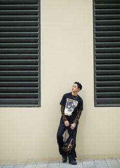 WayV's Lucas for 'Burberry Beijing Pop-up Boutique' Winwin, Lucas Nct, Open My Eyes, Fandoms, Nct Taeyong, Kpop, Jaehyun, Nct Dream, Nct 127