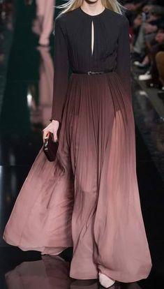 modèle robe noir prune (à doubler pour éviter transparence et fermer le décolleté)