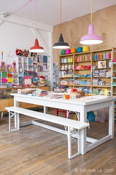 coloured pendant lights over a big table - great kids art space Sewing Room Design, Craft Room Design, Sewing Rooms, Art Studio Room, Art Studio Design, Design Design, Sewing Room Organization, Craft Room Storage, Craft Rooms
