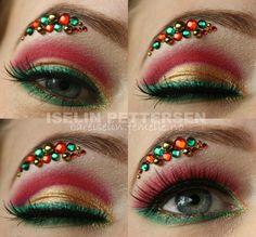 Eccentric Christmas Eye Makeup