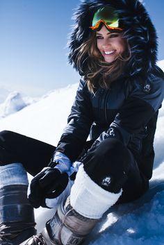 Global ws skihose medal jacke teamplayer glan snow fashion in 2018 pinteres Winter Chic, Winter Wear, Summer Wear, Snow Fashion, Uk Fashion, Winter Fashion, Winter Looks, Apres Ski Outfit, Mode Au Ski
