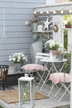 terrace, privacy, sight, nice looking, garden – Colleen Luyt - All About Balcony Shabby Chic Terrasse, Shabby Chic Veranda, Shabby Chic Patio, Garden Nook, Garden Yard Ideas, Balcony Garden, Garden Table, Patio Ideas, Unique Garden Decor