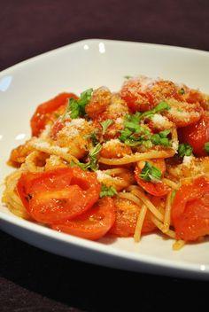 Küchenzaubereien: Spaghetti mit Shrimps, Kirschtomaten & Knoblauch
