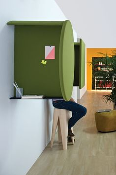 Find out all of the information about the ESTEL product: open plan area phone booth KITE by Jorge Pensi. Corporate Interiors, Office Interiors, Office Pods, Acoustic Design, Telephone Booth, Booth Seating, Office Interior Design, Interior Ideas, Co Working