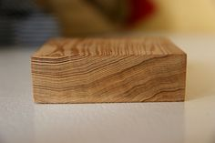 Growth rings on unknown wood. Very old growth rings