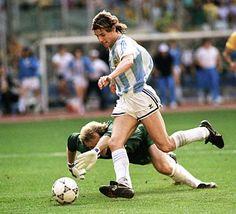 Claudio Paul Caniggia. El hijo del viento.  Increible delantero veloz y goleador