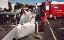 Vehicle extrication - Wikipedia, the free encyclopedia