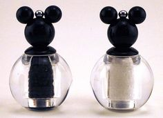 Boy do I knw a few people who would like these! Mickey Mouse Salt and Pepper Grinder New Disney Kitchen Mickey Mouse House, Mickey Mouse Kitchen, Mickey Minnie Mouse, Disney Mickey, Disney Mouse, Mini Mouse, Disney Kitchen Decor, Disney Home Decor, Kitchen Themes