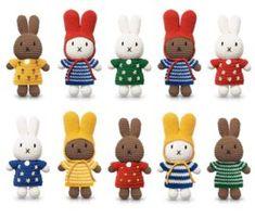 Nijntje en haar rode tulpenjurk   NIJNTJE HANDMADE Just Dutch   Ollebol & Muis Crochet For Kids, Crochet Yarn, Crochet Toys, Handmade Soft Toys, Handmade Baby Gifts, Crochet Doll Pattern, Crochet Patterns, Baby Knitting, Loom Knitting