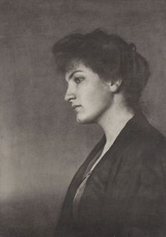 Alma Mahler surrounded herself and became involved with many notable men - Gustav Klimt, composer Gustav Mahler, Bauhaus architect Walter Gropius, writer Franz Werfel, artist Oskar Kokoschka. Alma Mahler, Dali Paintings, Gustav Mahler, Portraits, The Most Beautiful Girl, Special People, Pictures Images, Classical Music, Mistress