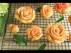 心心相印~蘋果玫瑰酥 (Apple Rose Tarts) - YouTube
