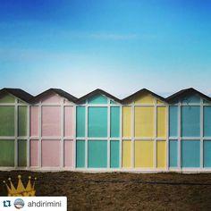 Colori in spiaggia e voglia di estate #Repost  @lisaram  #Rimini #hotelpalos #hotelpalosviserbella  #rimini #sun #nature #naturelover #natura #natural #instagood #instanature #italy #travel #travelgram #traveller #beautifulsky #instamood #bestphoto #photooftheday #picoftheday #beautiful #sea #skylovers #colors #architecture #geometry #geometric #urban #picsart by hotelpalos