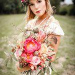 vintage boho wedding bridalbouquet brautstrauß peonies pfingstrose blumenmädchen köln