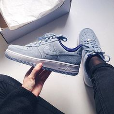 ❄️ Nike Air force 1 by @mariekumps
