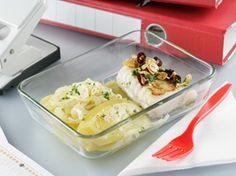 Bacalao con patata panadera, plato delicioso para comer en la #oficina ;) Chicken, Meat, Food, Potatoes, Cooking, Cod, Viajes, Essen, Meals
