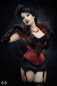 """Moulin Rouge"" by la-esmeralda. Corset by Royal Black Couture & Corsetry (via Deviant Art)"