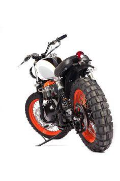 Maria-Motorcycle's-Julijana---Triumph-Bonneville_07