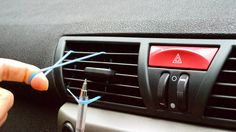 Cars hacks Most car problems are found underneath the hood, but sometimes the interior has pesky issues as well. From fixing your seatbelt to cleaning Car Life Hacks, Summer Life Hacks, Car Hacks, Simple Life Hacks, Useful Life Hacks, Hacks Diy, Auto Camping, Lifehacks, Life Hacks Youtube