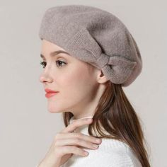 Strict Solid Lady Beret Hat For Winter High Quality Woman Elegant Berets Winter Hat Cartoon Embroidery Wool New Fashion 2017 Apparel Accessories