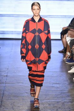 Triangular geo prints work well on the oversized outerwear at the @dkny #NYFW #MBFW #SS15 show.