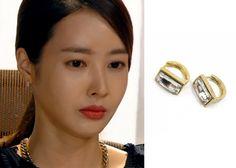 "Wang Ji-Hye in ""Hotel King"" Episode 23.  KatenKelly Modern Square Earrings #Kdrama #HotelKing #WangJiHye #왕지혜"