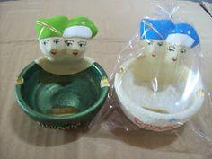 souvenir pernikahan gerabah berbentuk asbak rokok desain penganten atau manten khas jogjakarta #souvenir #asbak #jogjakarta #manten