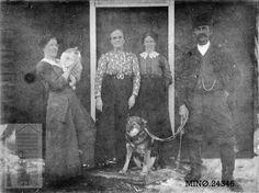 Personer på Vesleholmen ca. 1920. Norway