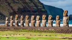 Carving giant, monolithic statues under the hot Polynesian Sun is thirsty work. So without freshwater rivers and springs to sustain them, how did thousands of the traditional Rapa Nui people of Easter Island survive? Easter Island Moai, Easter Island Statues, Monuments, Tour Eiffel, Polynesian Islands, World Cruise, Equador, Ancient Aliens, World Heritage Sites