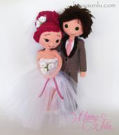 Ravelry: Bride and Groom pattern by Havva Ünlü Crochet Doll Clothes, Crochet Dolls, Crochet Patterns Amigurumi, Amigurumi Doll, Wedding Doll, Crochet Wedding, Felt Dolls, Crochet Animals, Crochet Projects
