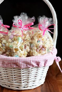 Funfetti Popcorn (or Bunny Bait for Easter): popcorn with white chocolate, pretzels, M's and sprinkles.customize the colors for holidays or your party theme Easter treats Funfetti Popcorn (or Bunny Bait for Easter) - Cooking Classy Holiday Treats, Holiday Fun, Bunny Bait, White Chocolate Popcorn, Somebunny Loves You, Bunny Birthday, Hoppy Easter, Easter Bunny, Easter Eggs