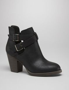 Double Buckle Booties in Black #shoes #boots #fashion