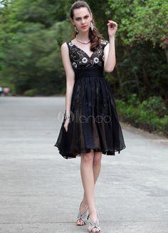 Black Classic V-Neck Lace Chiffon Women's Graduation Dress - Milanoo.com