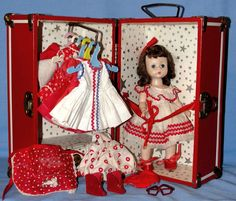 Vogue Dolls & trunk  (Ginny & Muffy)  My Ginny doll trunk was just like this one!