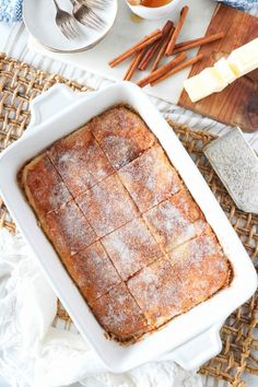 Perfect Sopapilla Cheesecake is easy to make and decadently delicious! Layers of flaky crust, a soft and fluffy cheesecake center, with cinnamon-sugar. Sopapilla Cheesecake Bars, Fluffy Cheesecake, Strawberry Cheesecake, Cheesecake Recipes, Sopapilla Recipe, Lemon Cheesecake, Cream Cheese Puff Pastry, Cream Cheese Filling, Pear And Almond Cake