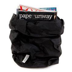 UASHMAMA Musta paperipussi XL