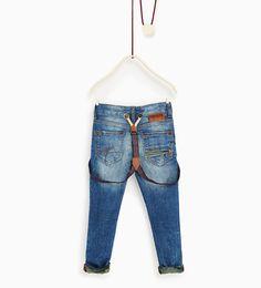 Image 2 de Jean en matières assorties camouflage de Zara