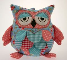 Patchwork Sleepy Owl door stop / bookend - floral chintz fabric - green Blue and Pink - With Cath Kidson style rose pattern  Price : £21.00 http://www.fourseasonsliverpool.com/Patchwork-Sleepy-door-stop-bookend/dp/B008437NBO
