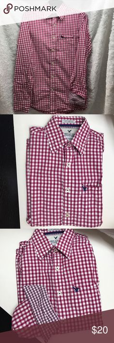 American Eagle Outfitters Gingham Poplin Shirt Men's vintage fit American Eagle Outfitters Fuschia Gingham Plaid with contrast cuff button down shirt.  Nearly new. American Eagle Outfitters Shirts Casual Button Down Shirts