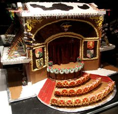 gingerbread house, g
