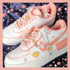 Air Force 1, Nike Air Force, Sneakers Fashion, Sneakers Nike, Pink Quartz, Pink Accents, Light In The Dark, Coral, Pairs