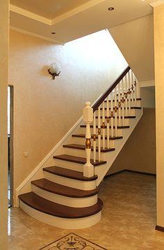 двухмаршевая П образная лестница в интерьере - Поиск в Google
