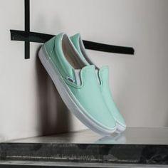 Vans Classic Slip-On Bay/ True White