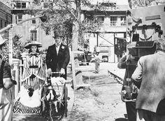 """Vivien Leigh e Clark Gable que, não se suportavam na vida real, nas filmagens de """"E o Vento Levou""""."""