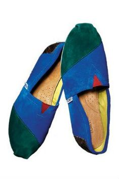 TOMS Shoes Upgrades With Fancy New Linehttp://pinterest.com/pin/create/button/?url=http://racked.com/archives/2012/03/19/toms-shoes-upgrades-with-fancy-new-line.php=TOMS%20Shoes%20Upgrades%20With%20Fancy%20New%20Line=http://racked.com/uploads/2012_3_TOMS%2B.jpg#
