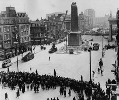 March During the anniversary year of the 1916 Easter Rising the Irish Army remove the remainder of Nelson's Pillar in the centre of O'Connell Street, Dublin, after it was demolished by an explosion. (Photo by Keystone/Getty Images) Ireland Pictures, Old Pictures, Old Photos, Ireland 1916, Dublin Ireland, History Posters, History Photos, Emerald Isle Ireland, Dorset Street
