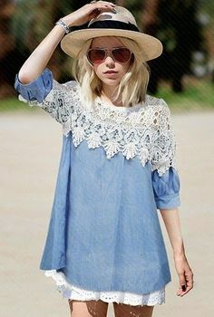 How to Chic: LACE AND DENIM DRESS