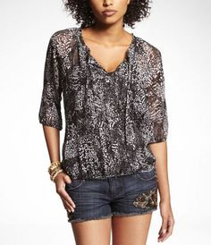 BABY LEOPARD BANDED BOTTOM BLOUSE at Express $50-