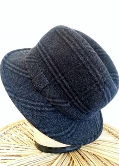 Hey, I found this really awesome Etsy listing at https://www.etsy.com/listing/216764596/vintage-italian-wool-hat-fedora-cloche