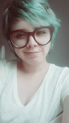 ~~ pra dar sorte. #green #short #hair